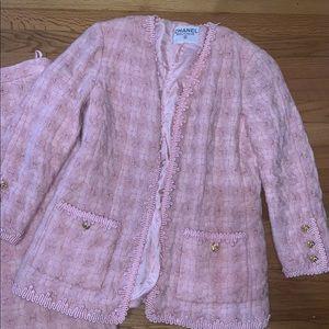 Chanel boutique cashmere jacket suit tweed pink 44